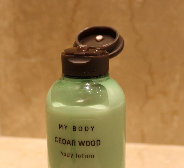 Innisfree Cedar Wood Body Lotion