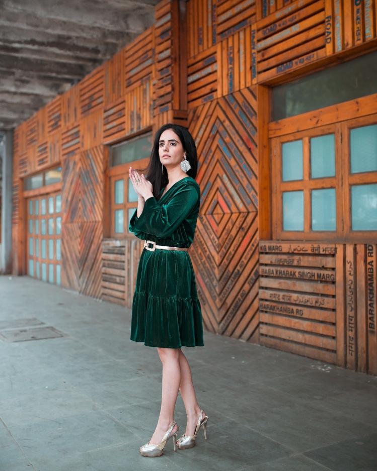 Green Velvet Dress 4